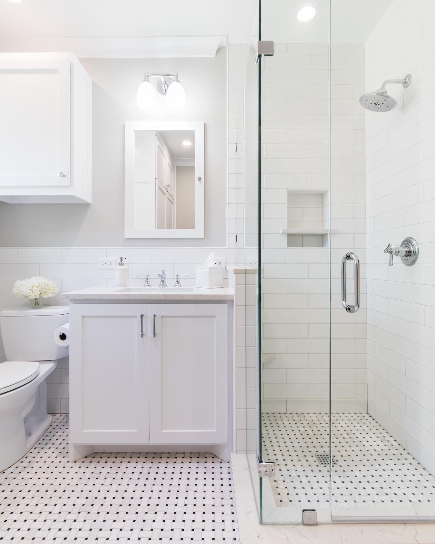 Bathroom Remodeling in Reseda, CA