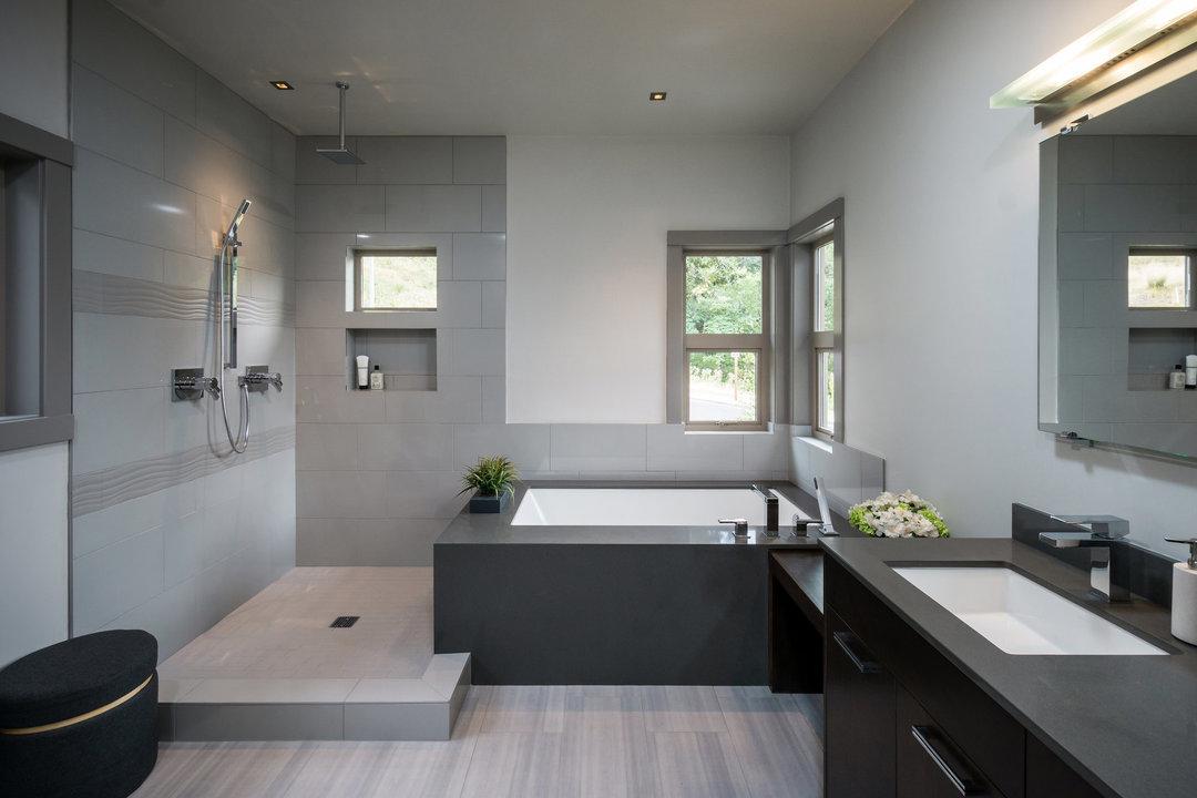 Bathroom Remodeling in Van Nuys, CA